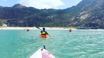 Ruta en Kayak a La Cascada de Ézaro y Ballenera de Caneliñas